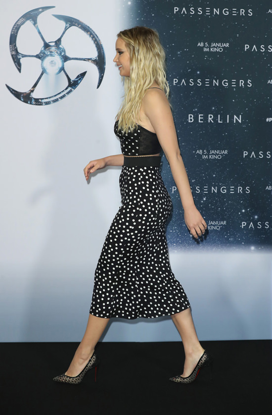 Jennifer Lawrence Passengers Movie Premiere